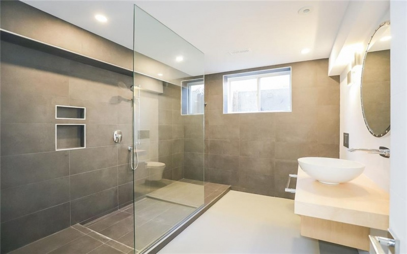 12 Colton Avenue, St. Catharines, ON, 4 Bedrooms Bedrooms, ,4.1 BathroomsBathrooms,Residential,For Sale,Colton,30797580