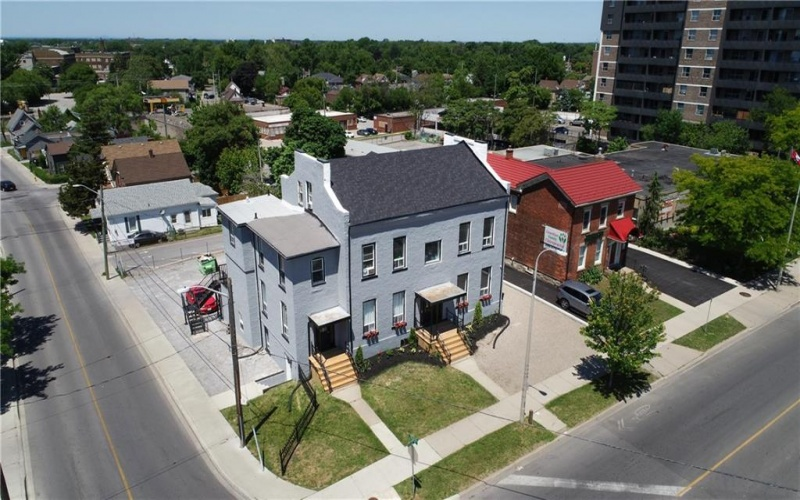 125 CHURCH Street, St. Catharines, ON, ,Multi-residential,For Sale,CHURCH,30814217