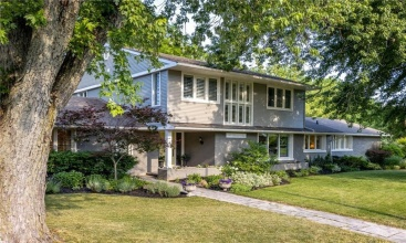 125 Riverdale Drive, St. Catharines, ON, 4 Bedrooms Bedrooms, ,3.1 BathroomsBathrooms,Residential,For Sale,Riverdale,30820105
